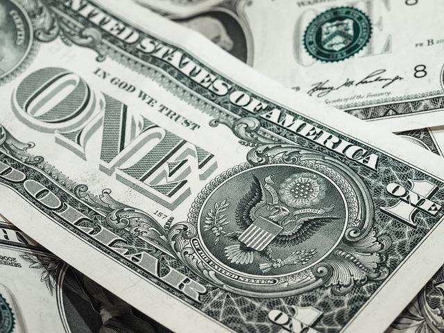 Oszczędności i kredyty